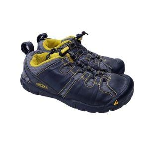 Keen Medomak CNX Hiking Waterproof Shoes 10